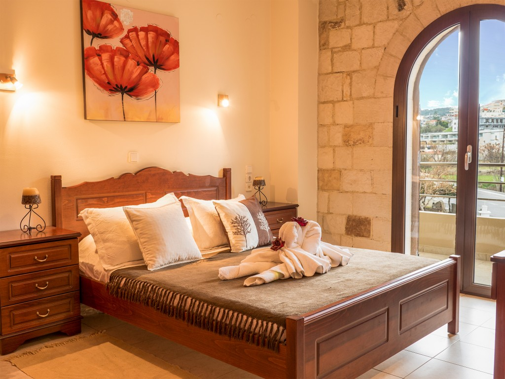 sea side apartment in chania
